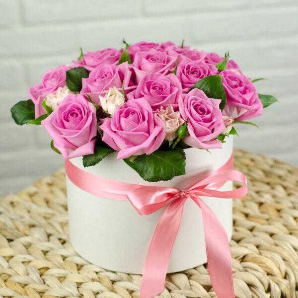 dazzling-pink-luxury-hat-box