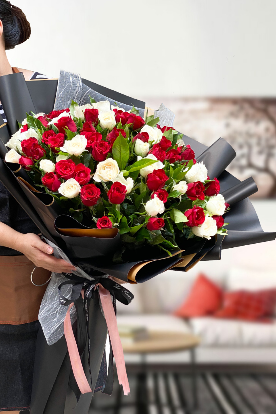 100 rose Bouquet red white